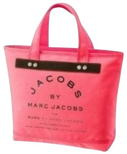 Marc by Marc Jacobs Tote in Coral