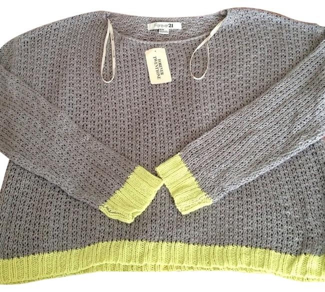 Preload https://item4.tradesy.com/images/forever-21-grey-and-lime-sweaterpullover-size-10-m-2015038-0-0.jpg?width=400&height=650