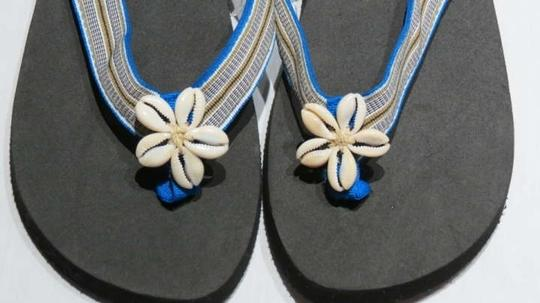 Caribbean Joe Black/Multi Sandals