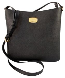 Michael Kors Jet Set Messenger Cross Body Bag