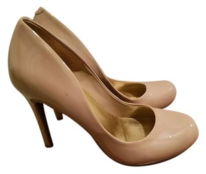 Jessica Simpson Caile Tan Pumps