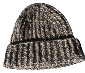 Abercrombie & Fitch Winter Beanie Hat 49% wool
