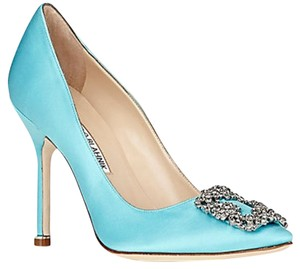 Manolo Blahnik Hangisi Tiffany blue Pumps