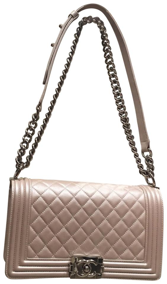 2a0b19258502 Chanel Boy Le In Medium Pearlized Blush Pink Lambskin Shoulder Bag ...