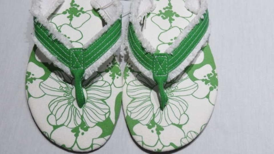 6b4823e640bf Capelli New York Green White Sandals Size US 9 - Tradesy