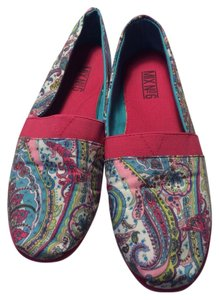 Mix No. 6 Pink Paisley Flats