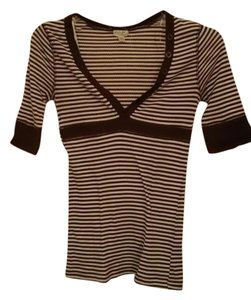 Energie Casual Empire Waist V-neck T Shirt Chocolate Brown/White