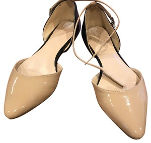 Nine West Black and tan/beige Flats