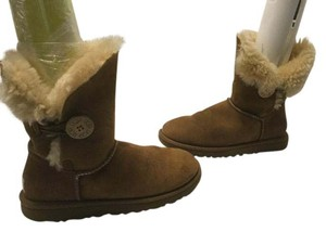 UGG Australia Upper Lining Brown suede leather and sheepskin W6 short Boots
