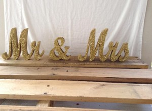Gold Glitter Mr & Mrs Sign (rustic Chic Glam Sweetheart Table)