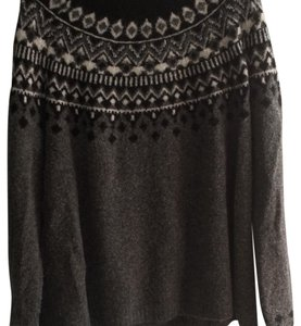Joie Top Black and grey