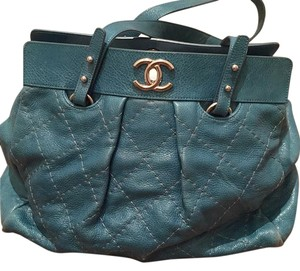 Chanel Tote in Blue Turquios
