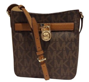 Michael Kors Travler Tablet Cross Body Bag