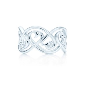 Tiffany & Co. Paloma Picasso Loving Heart Swirl Band Ring Size 4
