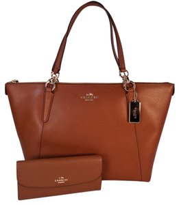 Coach Ava Wallet Tote in Saddle