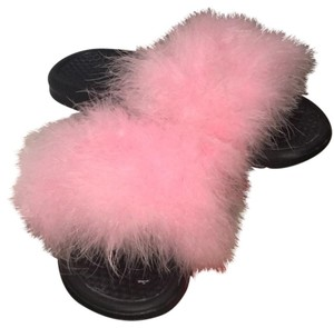 Nike Black / pinkfur Athletic