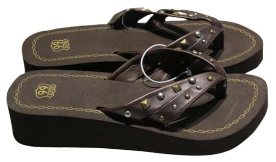 Preload https://img-static.tradesy.com/item/201602/route-66-brown-new-56m-sandals-size-us-55-0-0-540-540.jpg