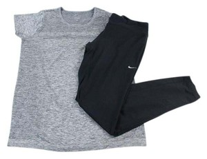 Nike Lot of 2 Heather Gray Black Dri-Fit S/S Top Pants