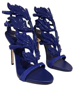 Giuseppe Zanotti Cruel Summer Stiletto Patent Wing blue Pumps