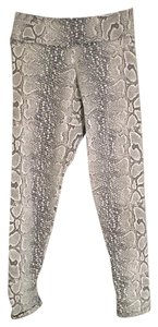 Liquido Active Liquido Jacquard White Python Patterned Leggings