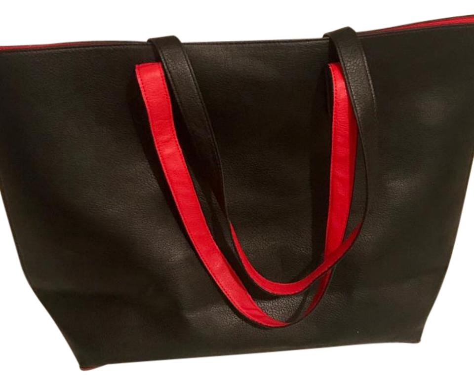 ecc6cb71b8 Old Navy Reversible Black   Red Faux Leather Tote - Tradesy