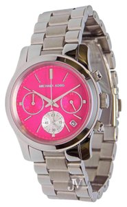 Michael Kors NEW WOMENS MICHAEL KORS (MK6160) SILVER RUNWAY CHRONO PINK DIAL WATCH