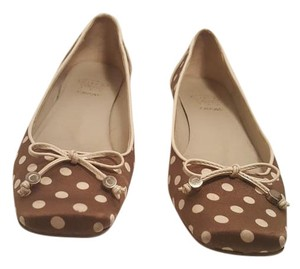 Joan & David Fabric Taupe and Cream Flats