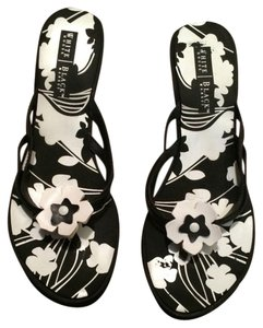White House | Black Market Black White Wedges