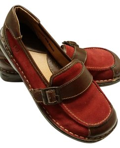 Brn Maroon Suede Brown Leather Belted Flats