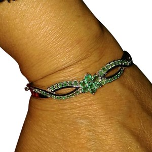 5.10CT NATURAL COLOMBIAN EMERALD BANGLE BRACELET