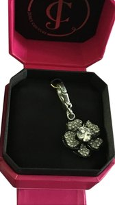 Juicy Couture C-pave flower