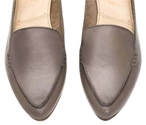 Frye Leather Flat Loafer grey Flats