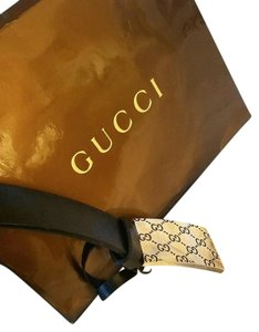 Gucci AUTHENTIC GUCCI BLACK LEATHER BELT SIZE 32IN TO 34