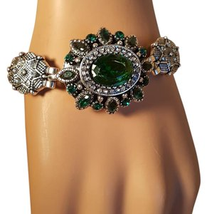 Other Gorgeous Bohemian Silver plated Emerald Green Bracelet