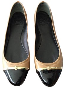 Tory Burch Tan and black Flats