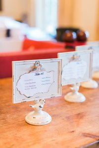 10 Escort Card Placeholders