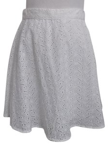 Forever 21 21 Circle F21 Eyelet Medium Mini Skirt White