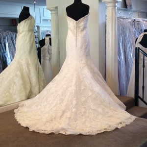 Angelina Faccenda Ivory/Silver Lace Formal Wedding Dress Size 14 (L)