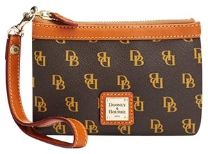 Dooney & Bourke Wristlet in Brown T'moro