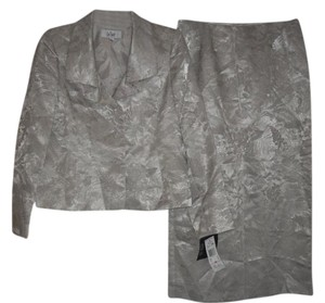 Le Suit Le Suit Champagne Jacquard Ruffled Collar Jacket 2PC Skirt Suit 10