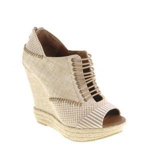 Chinese Laundry Grisp Linen Natural Wedges