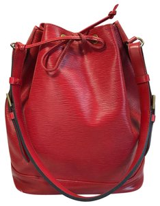 Louis Vuitton Noe Tote in Red