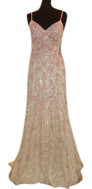 Item - Pink / Blush Fitted Prom Long Formal Dress Size 6 (S)