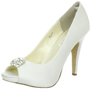 Coloriffics Aubrey Peep Toe With Crystal Ornament Wedding Shoes