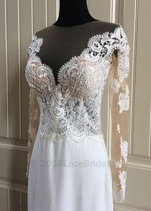 Velia Wedding Dress
