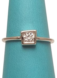 Tiffany & Co. Tiffany & Co. Frank Gehry Torque Ring 18 Karat. Size 5 3/4.