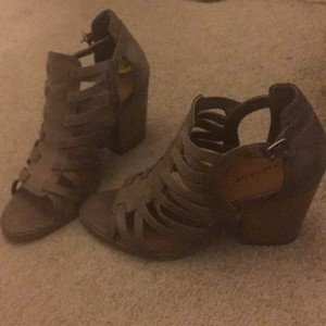 Rampage Taupe Sandals