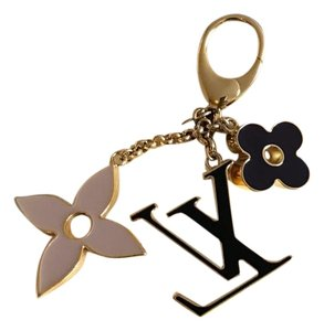 Louis Vuitton Flowers Charm