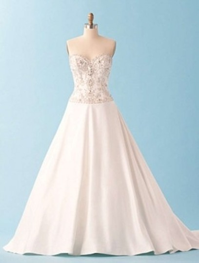 Alfred Angelo 222 Wedding Dress
