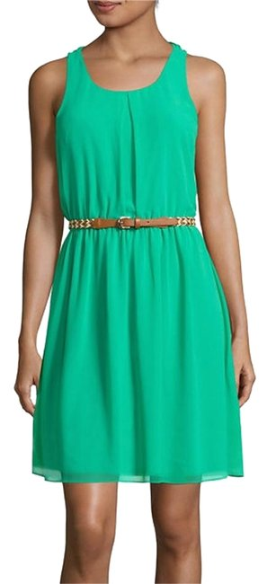 Item - Kelly Green Above Knee Short Casual Dress Size 6 (S)